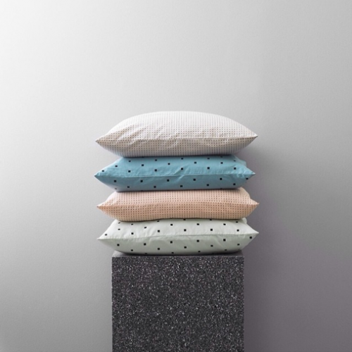 normann copenhagen, coussins, textile, cube, pois, graphique, chic, scandinavian design, home, deco, decoration, design scandinave, colors, couleurs, teintes, coussin, cushions, nouveauté, printemps, été, summer, spring, 2014, new, collection,