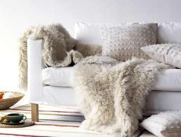 peau de mouton ladecodekatia. Black Bedroom Furniture Sets. Home Design Ideas